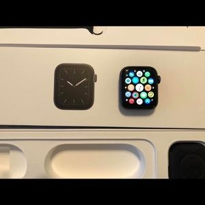 Cellular Apple Watch Series 5